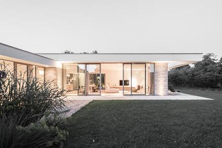 BUB architekten_Villa PJMJ_Frontbild_heller_weniger gesättigt_schärfer (1 von 1)